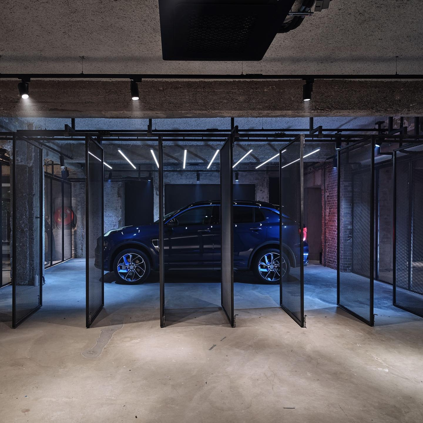 Lynk & Co the nonconformist car showroom in Amsterdam
