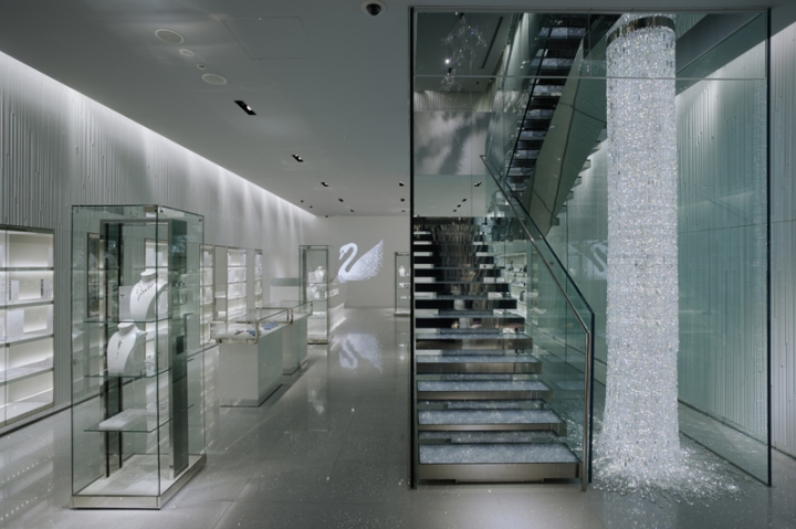 Swarovski''s flagship boutique in Ginza, Japan