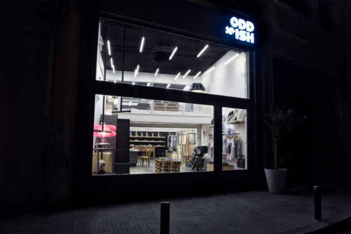 Oddfish store concept in Beirut