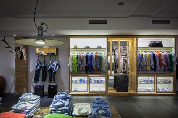 Lander Urquijo new concept store in Madrid