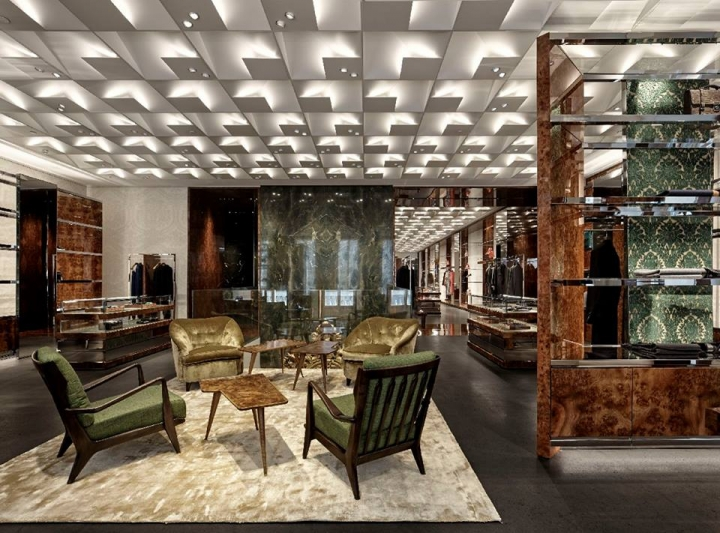 Dolce&Gabbana new flagship store in Milan on Via Montenapoleone