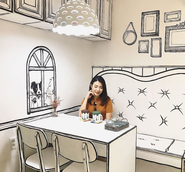 Cafe Yeonnam-dong - Cartoon interior coffee shop in Seoul