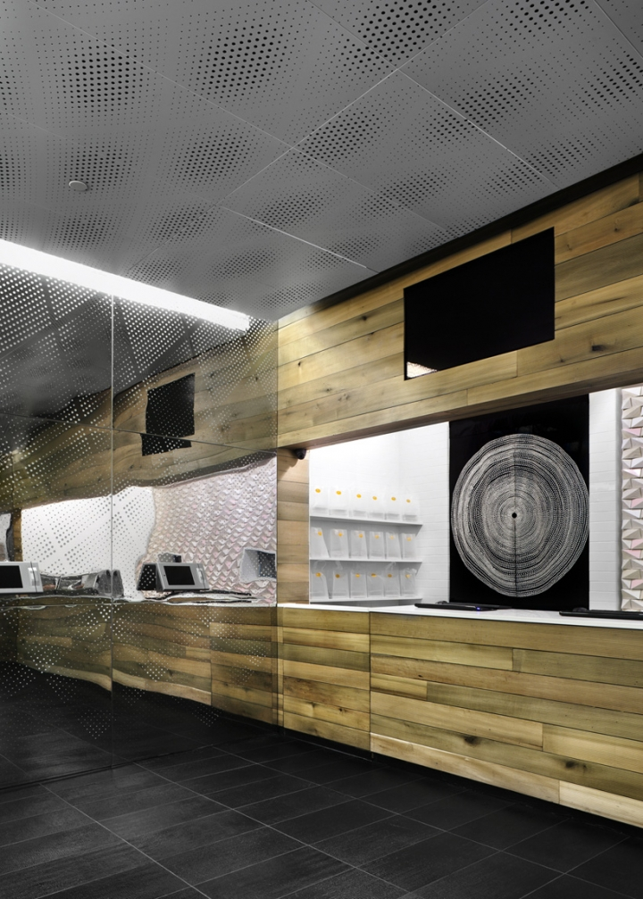 Sushi-teria restaurant designed by Form-ula