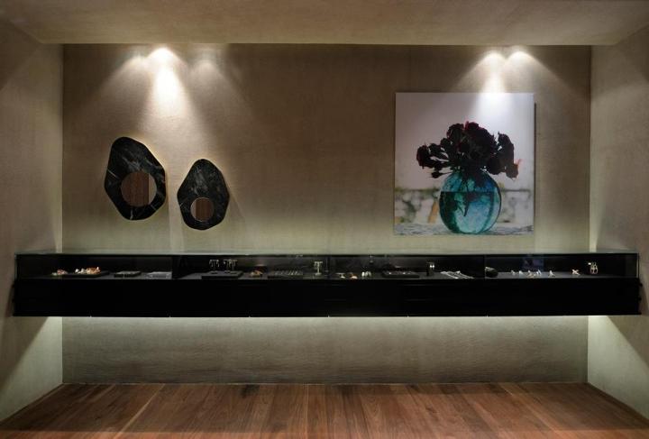 Link Jewelry store in Thessaloniki by Minas Kosmidis