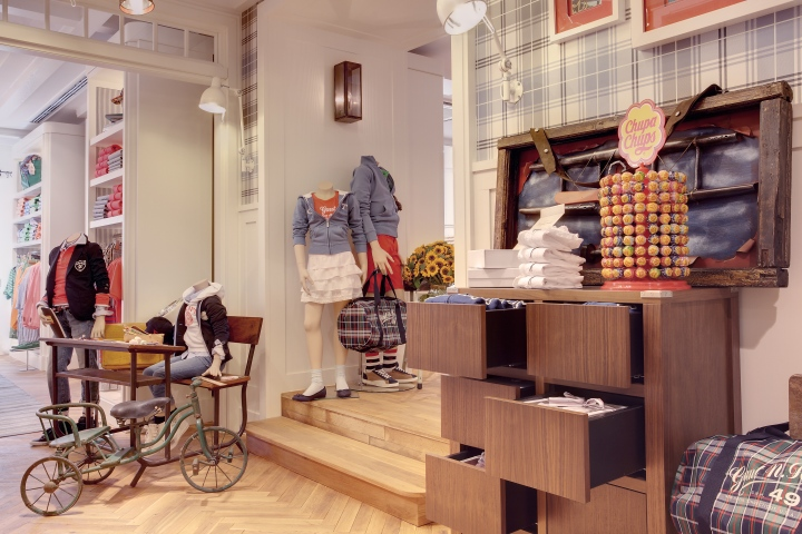 GANT flagship store by PRIMA, Munich – Germany