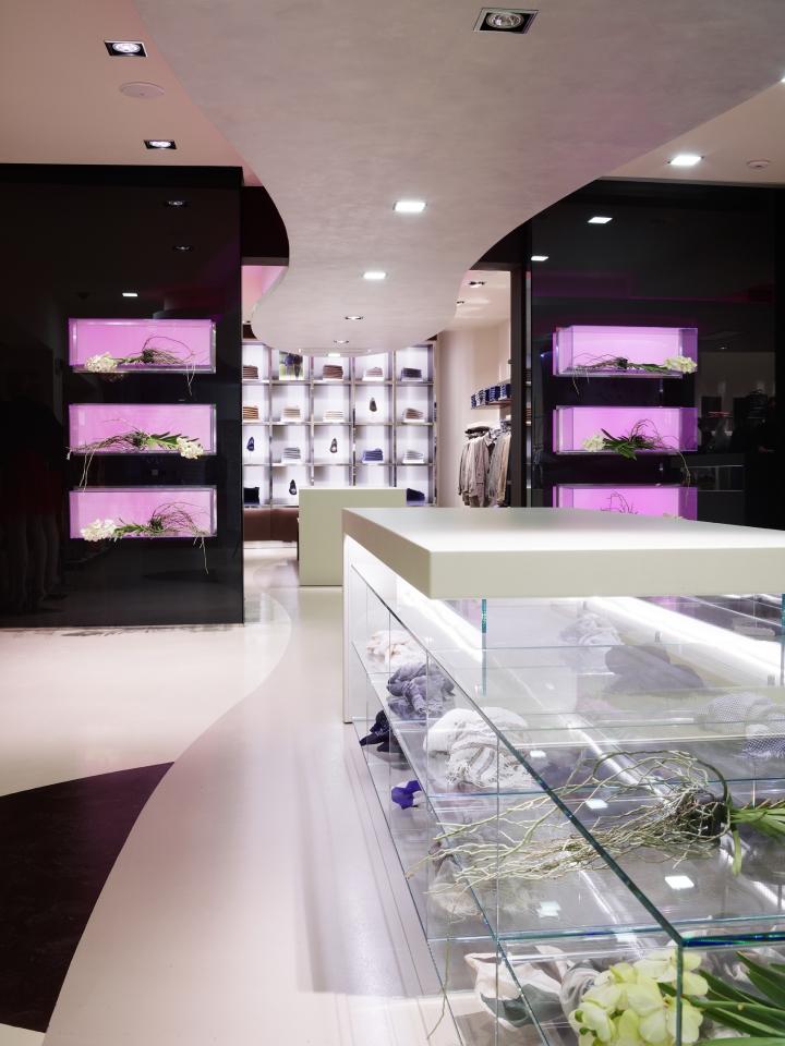 Eliseo boutique Alberto Apostoli
