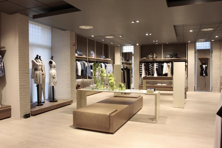 Bettoni Store by Andrea Gaio, Bergamo