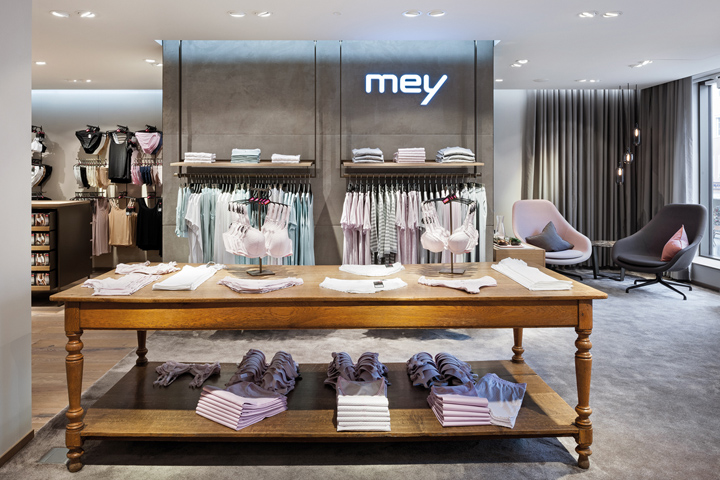 Mey lingerie store by Konrad Knoblauch