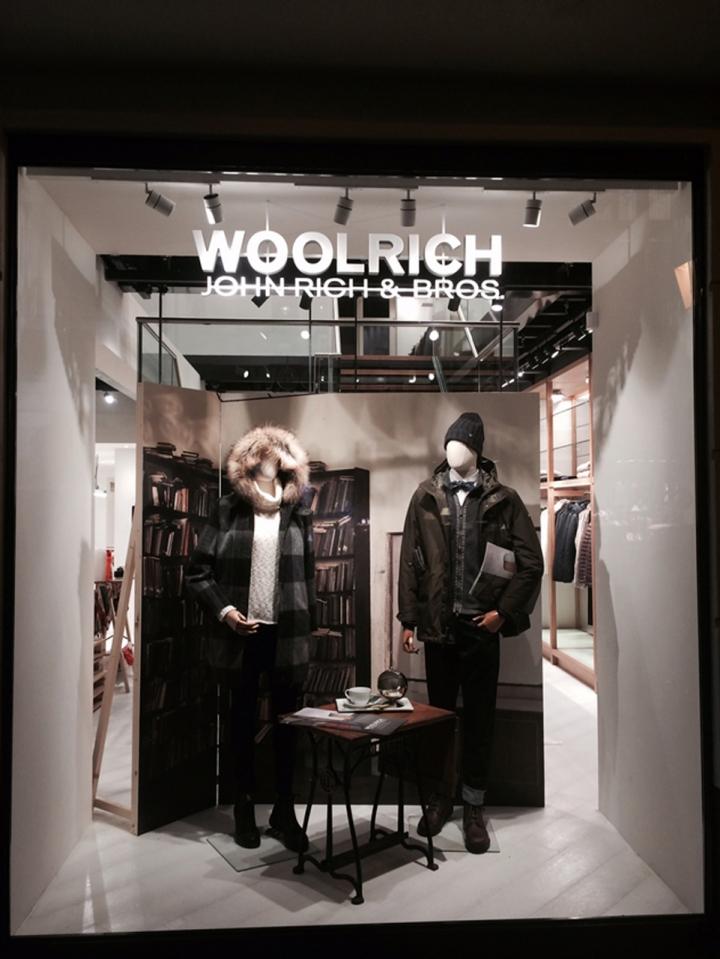 WOOLRICH store Berlin by Wonderwall