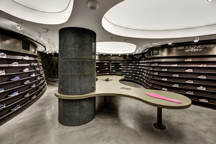 Skechers showrooms by Zemberek Design, Istanbul