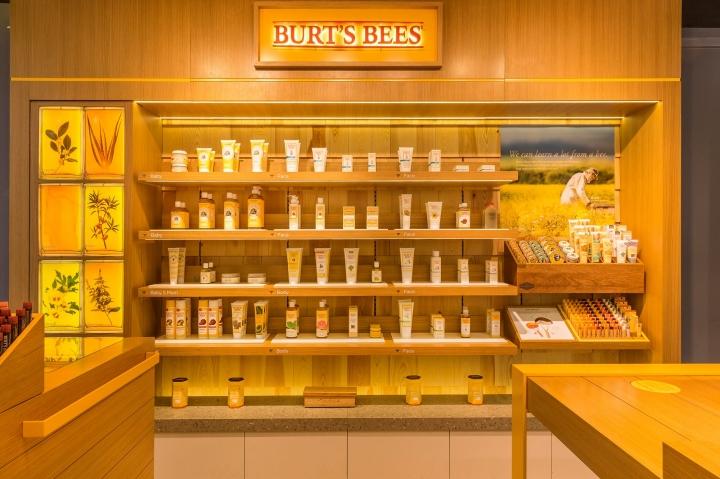 Burt's Bees store in Hong Kong by Landini Associates