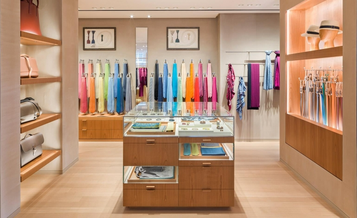 Hermes opens new store in London