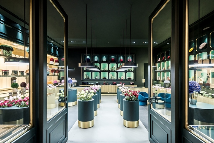 Only Roses store by Baciocchi Associati, Abu Dhabi – UAE