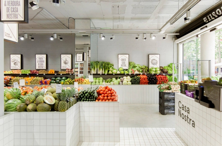 Casa Nostra Fruit Shop by Miriam Barrio Studio