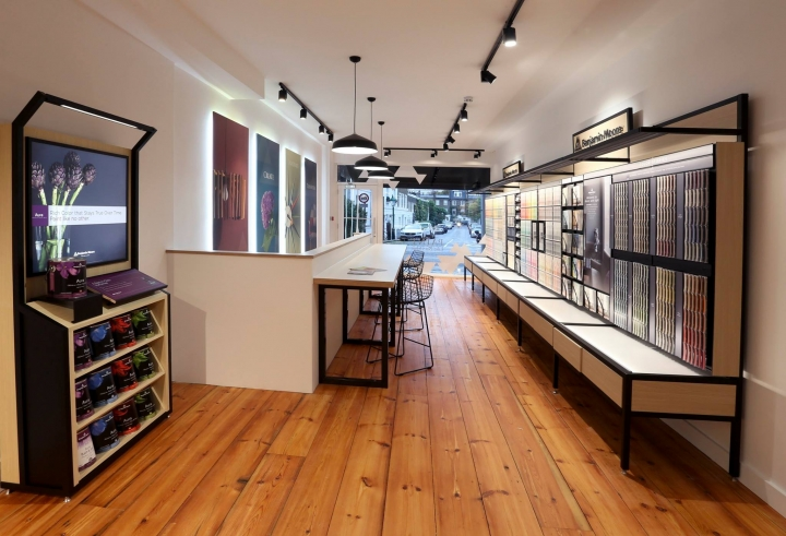Benjamin Moore showroom in London