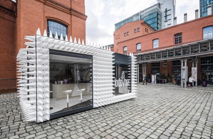 Lodovnia ice cream container shop by modelina architekci